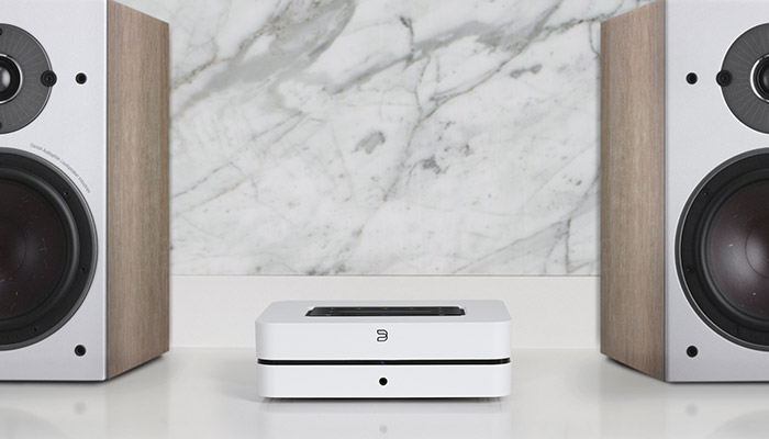 streaming amplifier with speakers